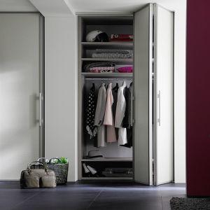 jutzi 39 s schrankladen ag schrank nach mass. Black Bedroom Furniture Sets. Home Design Ideas